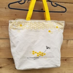 Canvas tote with zipper beige